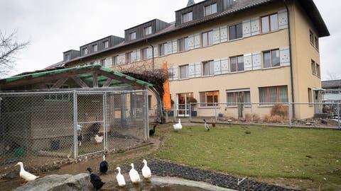 Die Sana Fürstenland AG will das Altersheim Espel aufgeben und die Bewohner in einem Provisorium unterbringen. (Ralph Ribi)