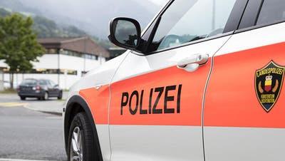 Die Liechtensteinische Landespolizei hat zwei Tatverdächtige festgenommen. Die jungen Leute sind in Untersuchungshaft. (Bild: Tatjana Schnalzger)