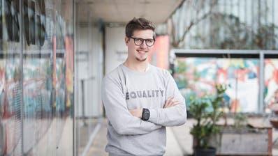 Stadtratskandidat Jona Studhalter beim Jugendkulturhaus Treibhaus, wo er seit fünf Jahren arbeitet. (Bild: Manuela Jans-Koch (Luzern, 24. Januar 2020))