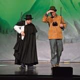 Beim Musiktheater Anna und der Richter stehen Menschen mit und ohne Beeinträchtigung auf der Bühne.