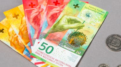 Themenbilder Geld, Steuern. (Sandra Ardizzone / AAR)