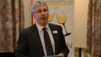 Joe Herger, Präsident des Kantonalverbands Gastro Uri, legte beim Polit-Apéro dar, mit welchen Herausforderungen sich die Urner Gastronomiebetriebe in Zukunft konfrontiert sehen. (Bild: Urs Hanhart (Attinghausen, 10. März 2020))