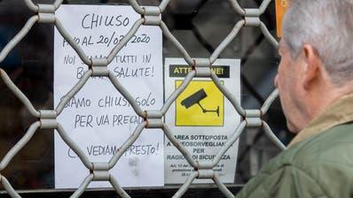 Laden geschlossen: Italien riegelt sich ab. (Roberto Monaldo/LaPresse/AP)