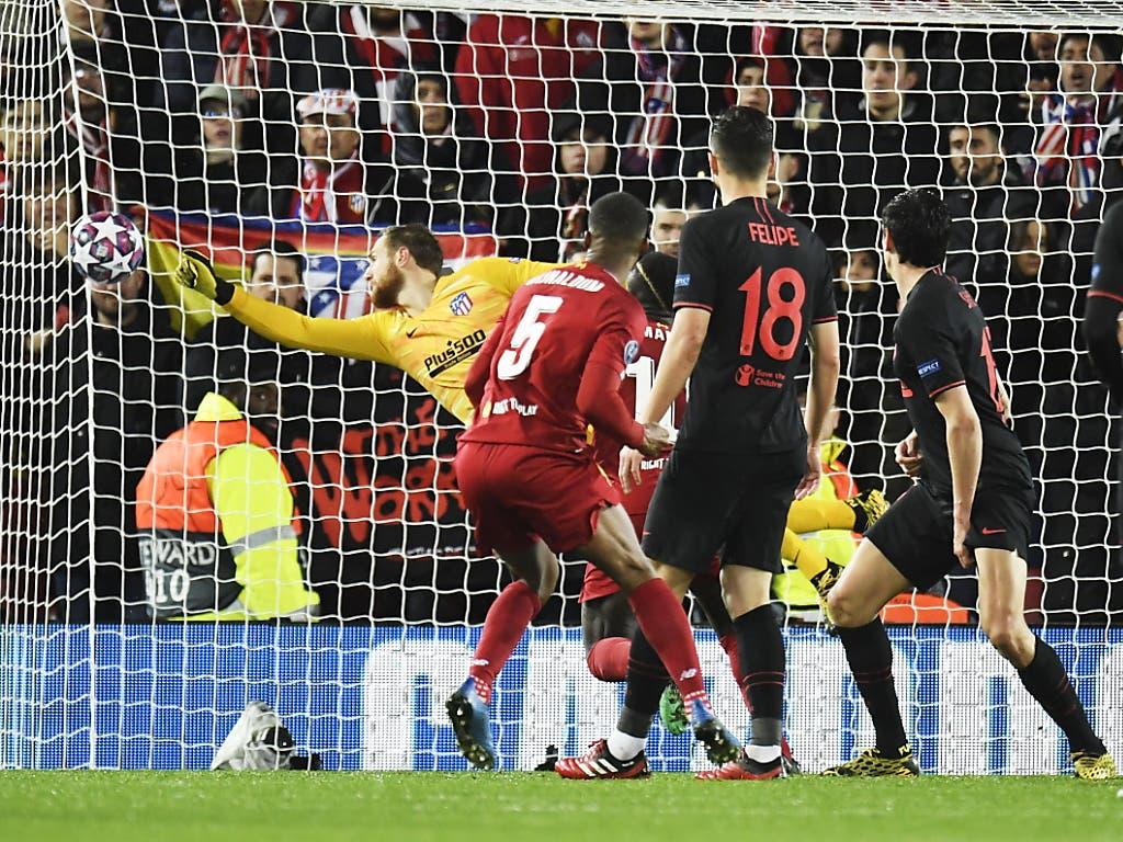 Atletico Madrids Keeper Jan Oblak hielt seine Mannschaft im Spiel. Nur zweimal musste er sich geschlagen geben, das erste Mal gegen Georginio Wijnaldum kurz vor der Pause