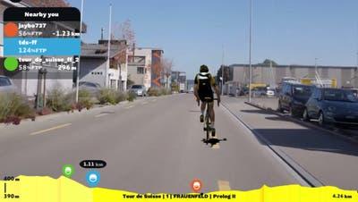 Verfolgung des Geisterfahrers auf der Juchstrasse. ((Bild: Printscreen/Rouvy.com))