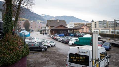 Der Bahnhofplatz Littau, wie er heute aussieht. (Manuela Jans-Koch | Lz)