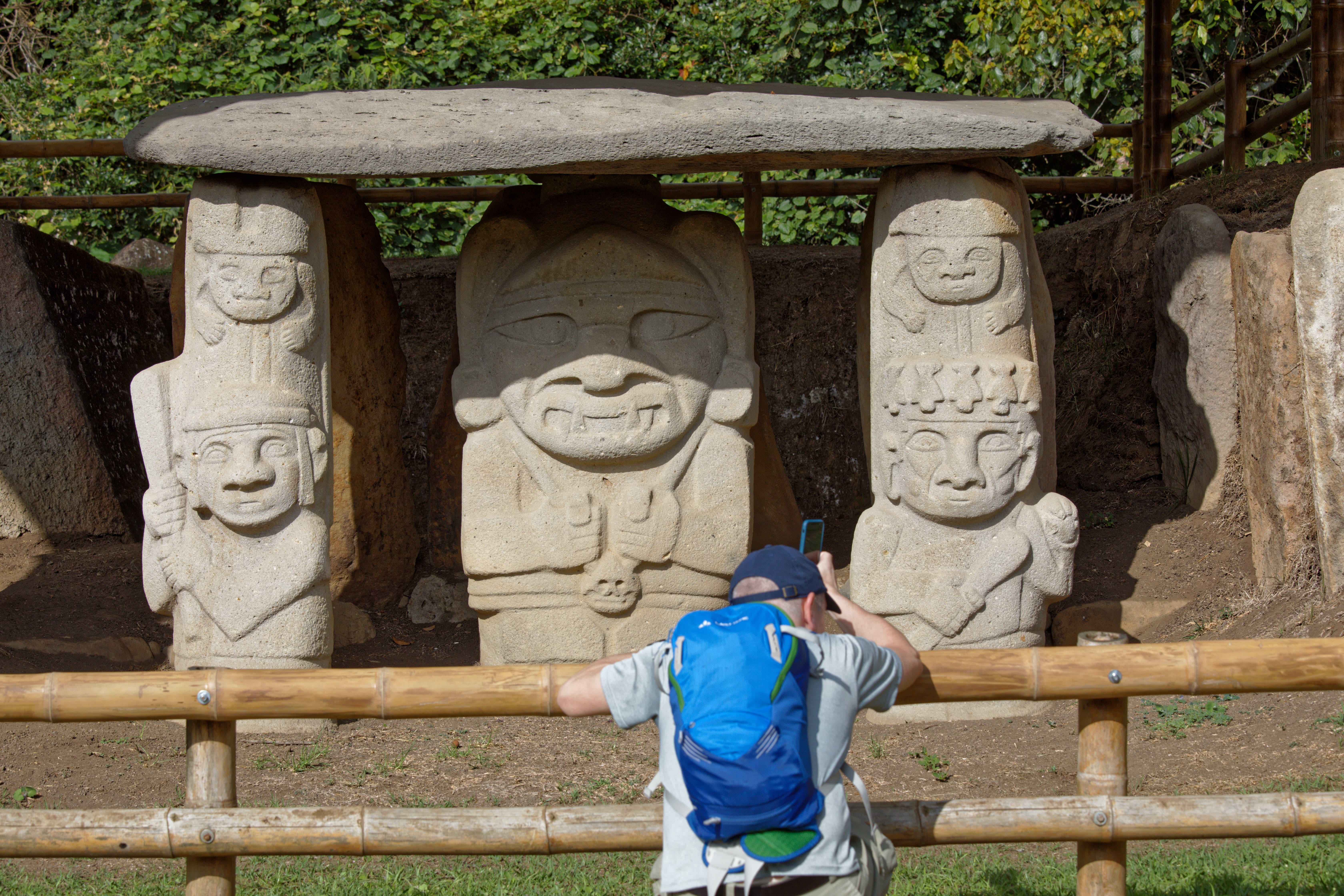 In den archäologischen Parks von San Agustín im Süden Kolumbiens sind die geheimnisvollen Steinskulpturen der San-Agustín-Kultur zu finden. Das Volk der Steinmetze ist spurlos verschwunden.