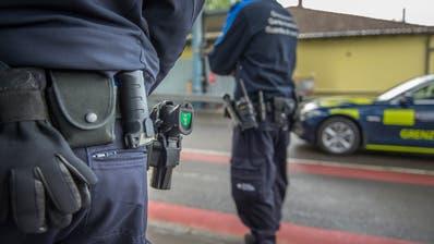 Hat die Grenzwache genug Personal, um die Kontrolle an der St.Galler Aussengrenze zu versc (Bild: Urs Bucher)