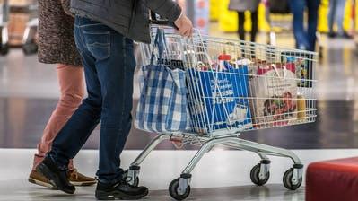 Die Nachfrage im Lebensmittelsektor ist stark angestiegen. (Bild: Michel Canonica)