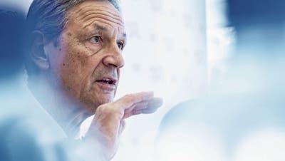Ein Präsident in Quarantäne, abgesagte Trainings: Das Corona-Virus beherrscht den Fussball