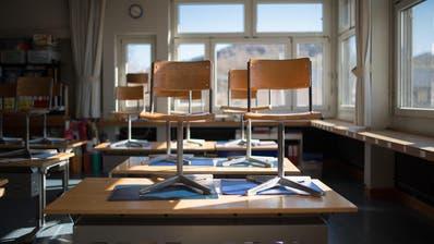 Die Klassenzimmer bleiben bis auf Weiteres leer. (Bild: Benjamin Manser)