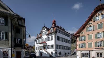 Das Rathaus in Sarnen. (Bild: Pius Amrein)