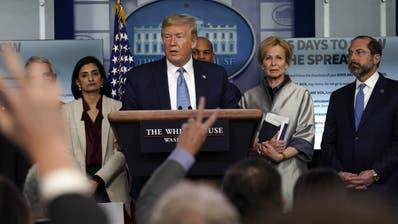 Trumps Regierung will die Folgen des Corona-Virus mit massiven Geldzuschüssen dämpfen. (Evan Vucci / AP)
