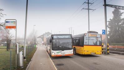 Regiobus und Postauto passen ihren Fahrplan an. (Bild: Urs Bucher)