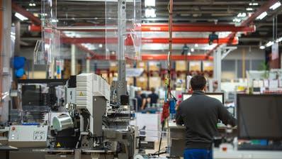 Blick in die Produktion des Kabelmaschinenherstellers Komax in Dierikon. (Dominik Wunderli)
