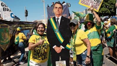 Jair, der unerschütterlich Dumme: Brasiliens Präsident ist grad der gefährlichste Mann der Welt