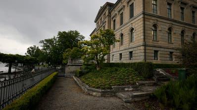 Auch im Zuger Regierungsgebäude werden derzeit viele Gespräche geführt. (Bild: Stefan Kaiser (Zug, 8. Mai 2019))
