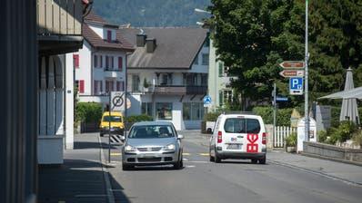 Der VCS fordert, dass in Stans weitere Massnahmen wie Tempo-30-Zonen realisiert werden, um den Durchgangsverkehr zu reduzieren. (Bild: Dominik Wunderli (Stans,24. Juli 2019))