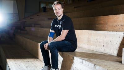 EVZ-Stürmer Jan Kovar feiert seinen 30. Geburtstag in Quarantäne