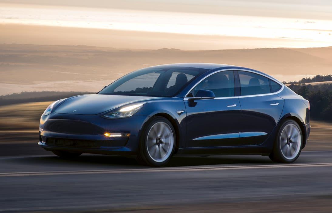 2. Platz: Tesla Model 3 (242 /290 Punkten)
