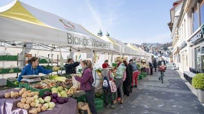 Märkte wie hier in Luzern dürfen seit anfangs dieser Woche nicht mehr stattfinden. (Archivbild) (Urs Flüeler)