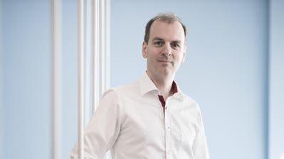 Online-Handelspionier Roland Brack im Competec-Logistikzentrum in Willisau. (Pius Amrein (15. Mai 2019))