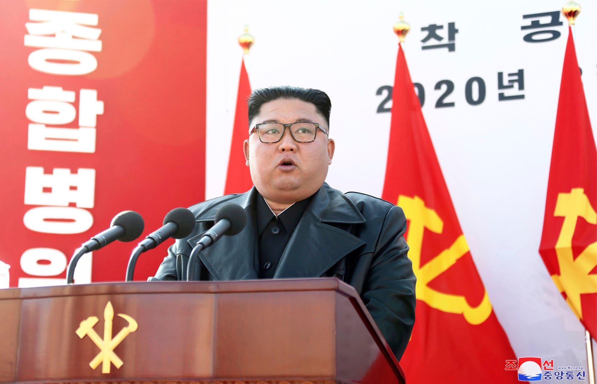 «Ätsch, meine Raketen sind grösser als deine», meint Donald Trump und nennt Kim Jong Un deshalb Little Rocket Man.