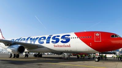 EDA holt 630 blockierte Touristen mit zwei Charterflügen nach Hause