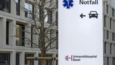 Das Universitätsspital Basel nimmt zwei Corona-Patienten aus dem Elsass auf. (Symbolbild) (Keystone)