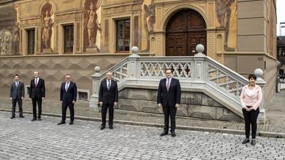 Bisherige Schwyzer Regierungsräte wiedergewählt ++ Herbert Huwiler (SVP) schafft Sprung in Regierung ++ Frauenanteil im Parlament schrumpft erneut