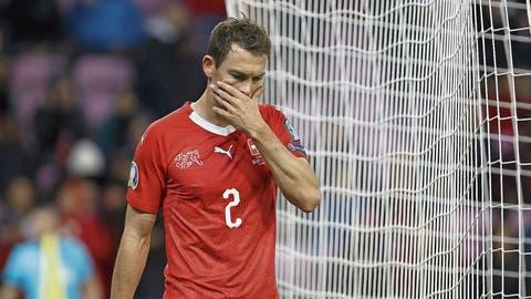 Führt die Verschiebung der EM zum Ende von Stephan Lichtsteiners Karriere im Nationalteam? (Bild: Keystone (Genf, 15. Oktober 2019))