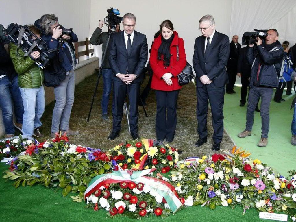 Gedenkzeremonie im kleinen Kreis für die Opfer des Germanwings-Absturz vor fünf Jahren auf dem Friedhof von Le Vernet in Frankreich.