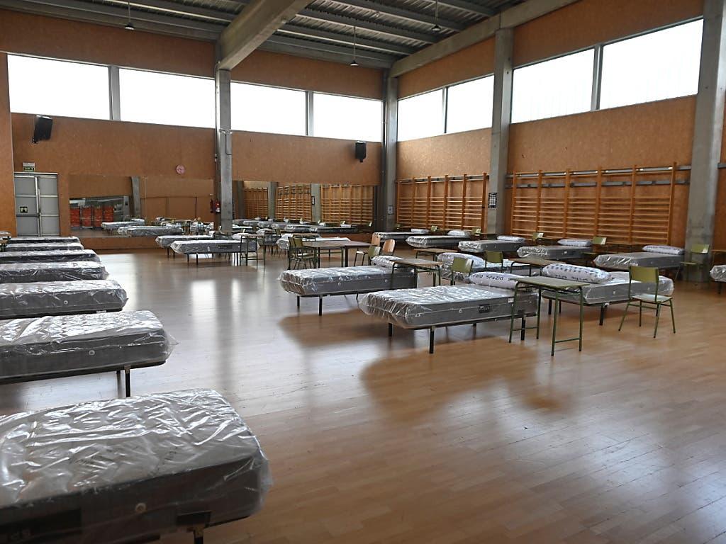 Provisorische Krankenbetten in Madrid.