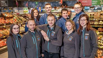 Das Team der Filiale an der Hertensteinstrasse Luzern (Bild: PD)