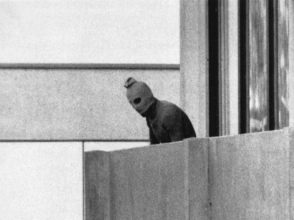 Die Sommerspiele 1972 in München werden von einem Terroranschlag auf die israelische Delegation überschattet - 17 Menschen sterben