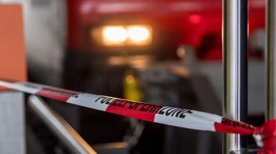 Absperrband der Polizei im Bahnhof Luzern: Kommandant Adi Achermann fordert bei der Bekämpfung der Internetkriminalität weniger Grenzen. (Nadia Schärli)