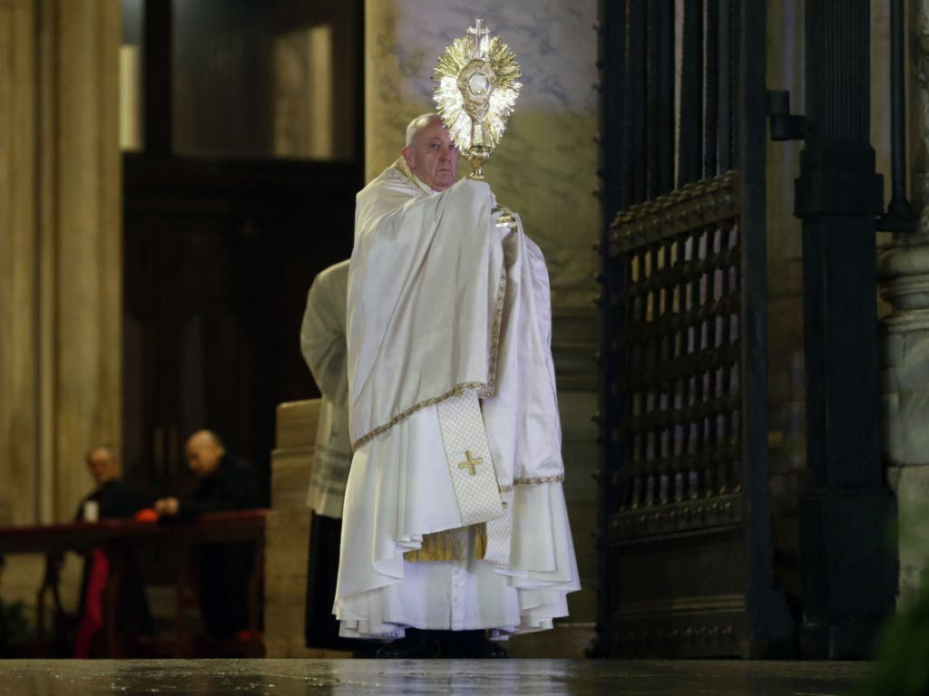 Die katholische Kirche ist von der Coronavirus-Pandemie auch selbst betroffen.
