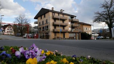 Diese Häuser werden der Überbauung Maihölzli weichen. (Bild: Stefan Kaiser (Hünenberg, 3. März 2020))
