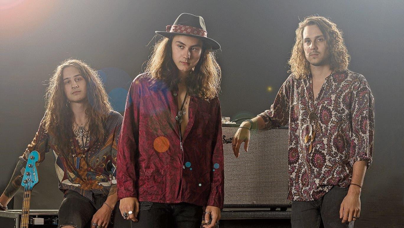 Corona statt Plattentaufe: Wie die drei Brüder aus Flawil mit ihrer Band The Rule trotzdem Erfolg feiern