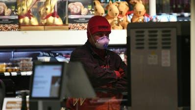 Eine Maskenpflicht wie sie ab Mittwoch in Österreich gilt, ist für die Schweiz noch nicht vorgesehen. (Keystone)
