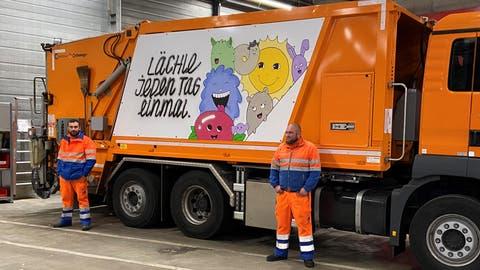 Einer der Güselwagen ist für die Abfahrt bereit. (Bild: Stadt Luzern)