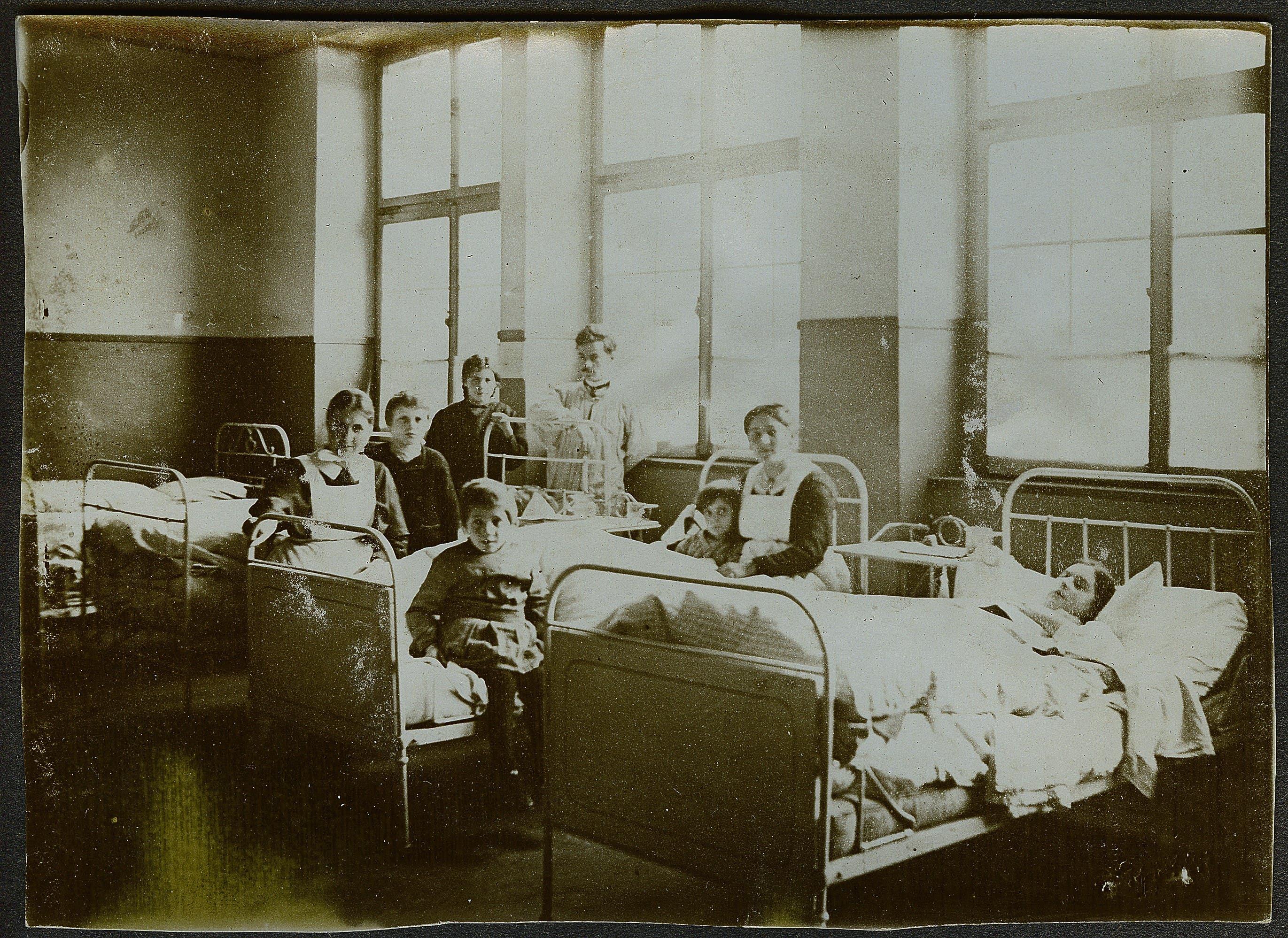 Ein Lazarett zur Zeit der Spanischen Grippe in der Region Rorschach.