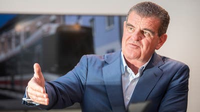 Von 18 auf 10900 Mitarbeiter in 30 Jahren: Peter Spuhler kämpft dafür, dass Stadler weiterhin eine Patron- und keine Konzern-Kultur lebt. (Bild: Urs Bucher)
