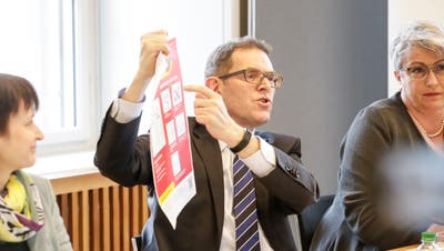 Kantonsärztin Agnes Burkhalter vor den Medien. (Bild: Donato Caspari)