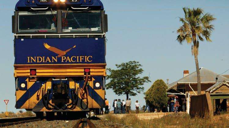 Seit 50 Jahren auf den Schienen: Der Indian Pacific. (Bild: Great Southern Rail)