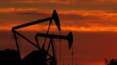 Erdölpreis bricht um 25 Prozent ein - Sorge vor Preiskrieg
