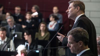 Die Regierungsräte Marcel Schwerzmann und Reto Wyss während einer Debatte im Kantonsrat. (Bild: Nadia Schärli (18. Februar 2019))