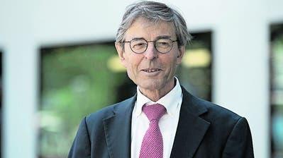 «Notrecht  legitimiert nicht jedweden Eingriff in die Wirtschaftsfreiheit», sagt Paul Richli, Emeritierter Rechtsprofessor. (zVg)