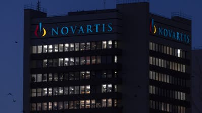 Der Basler Pharmariese Novartis will 130 Millionen neue Dosen eines Medikaments gegen die Coronapandemiespenden. (Georgios Kefalas / Keystone)