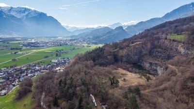 Der Stadtrat Buchs fordert, den Standort Campiun als Steinbruch und Deponie endgültig aus dem kantonalen Richtplan zu streichen. (Bild: Corinne Hanselmann)